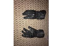 BUFFALO TROY GLOVES EXCELLENT CONDITION!!!!