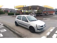 Renault clio test end of jan.. clean clean reliable