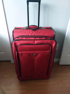 Extra Large DELSEY Luggage Bag Good Condition