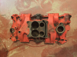 SBC Cast iron 4bbl intake manifold off 1969 Corvette