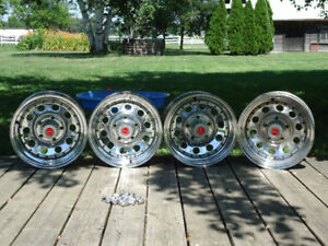 4 - SUPERIOR CHROME RIMS - CAPS - LUG NUTS.