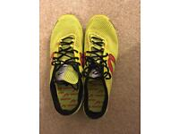 Newton size 8 trainers