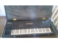 Yamaha SY85 Music Synthesizer - Electric Keyboard