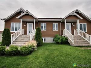 179 500$ - Jumelé à vendre à St-Bruno-Lac-St-Jean