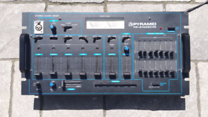 Stereo sound mixer