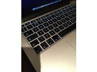 MacBook Pro 13 2.9GHZ I5 Processor 8GB RAM Intel Iris 6100 Graphics 512GB SSD Storage