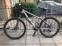 Carrera specialized hybrid mountain bike cannondale