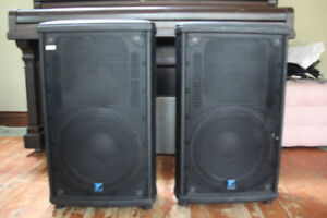 Yorkville nx25p Powered PA Speakers