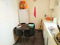 Double Room in Khyber Road,SW11