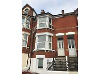 4 BEDROOM FLAT: ROCHESTER STREET, CHATHAM