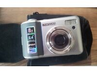 samsung digital camera 8.1 mega pixels. with case and memory card