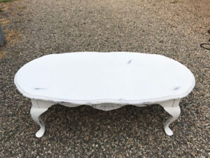 White Shabby Chic Solid Wood Coffee Table