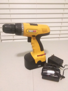 Power XT 18 Volt Drill in Excellent Condition