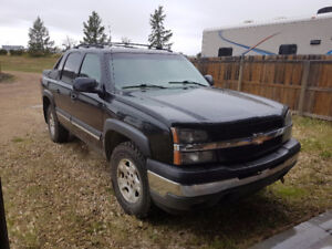 2005 Chevrolet Avalanche Pickup Truck New Tires/ New Parts