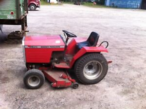 MASSEY LAWN TRACTOR WITH MOWER AND BLADE