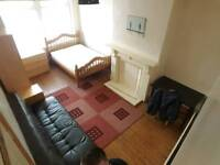 Large double room WiFi. 65pw all bills incl