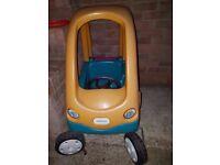 Little Tikes Car - Outdoor / Garden Toy