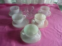 6 Arcopal Cups and Saucers Harlequin