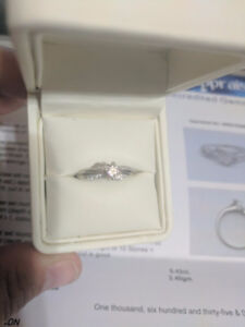 14KT White Gold 0.42ct. total weight Diamond ring