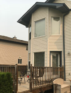 Fascinating 3 bedroom house: near Lakewood Park, Spruce Grove