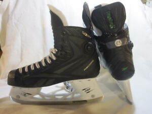 "Senior Skates Size 8½ (RBK SC87-26) ""NEW"""