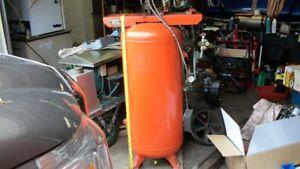 DeVibiss Compressor