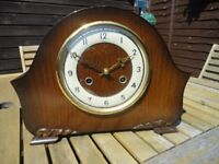 VINTAGE 1960'S MANTEL 8 DAY STRIKING CLOCK GOOD CONDITION £25