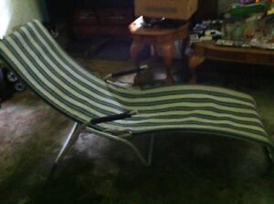 Lawn Lounge chair  /lay down style