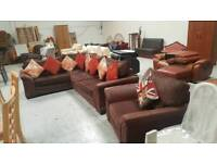 Immaculate corner sofa & chair can deliver 07808222995