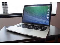 MacBook Pro 13 Inch, Mid 2012 2.5 GHz Intel Core i5 4GB 1600 MHz DDR3 (Nearly New Condition)
