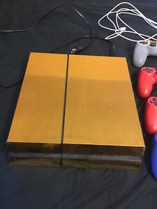 PS4 gold wrapped