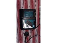 Makita battary charger