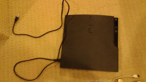 Selling PS3 500GB, with controllers and games