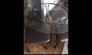 Kitchen Glass Table and Chairs (4)
