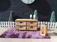 PINE UNIT WITH 4 WICKER DRAWERS BEAUTIFUL SET AND IN EXCELLENT CONDITION 83/31/44 cm £30