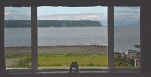 Deal Pending - OCEAN VIEW 1 bdr condo Campbell River