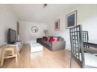 Double 1 bedroom flat. Available 1stAugust .