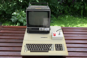 Vintage Apple II Plus clone with Sony TV and Controller.