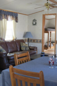 Lakeview Cottage - Available - 3 Bedroom - Sherkston Shores