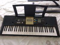 Yamaha keyboard YPT 220