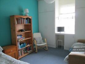 Studio flat in Cullercoats, North Shields, NE30
