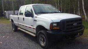 Ford F-350 V8 Turbo Diesel