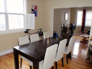 Fully Furnished 2br Condo