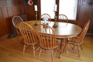 Oak Dining Table and Chairs