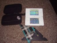 NINTENDO DS WITH GAMES ON SD CARD