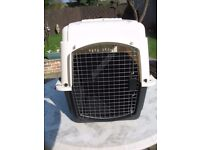 """Petmate 32"""" ultra vari kennel 30 - 50 lbs airline approved"""