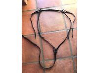 Black leather hunting breastplate xf