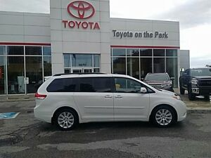 2014 Toyota Sienna Limited AWD *LOADED*