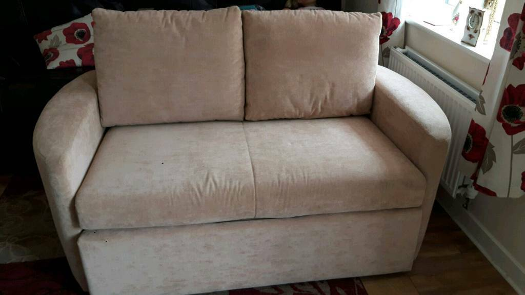 Sofa bed in great conditionin Bedford, BedfordshireGumtree - Sofa bed in great condition with very little wear been used once on the bed side no stains or marks bought from DFS just over a year ago. Was in storage lost 2 little wheels from bed slide but dosent effect it .worth every penny
