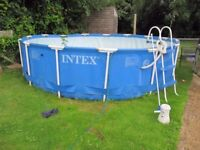 INTEX 15 FT X 42 INCH DEEP SWIMMING POOL WITH PUMP AND LADDER